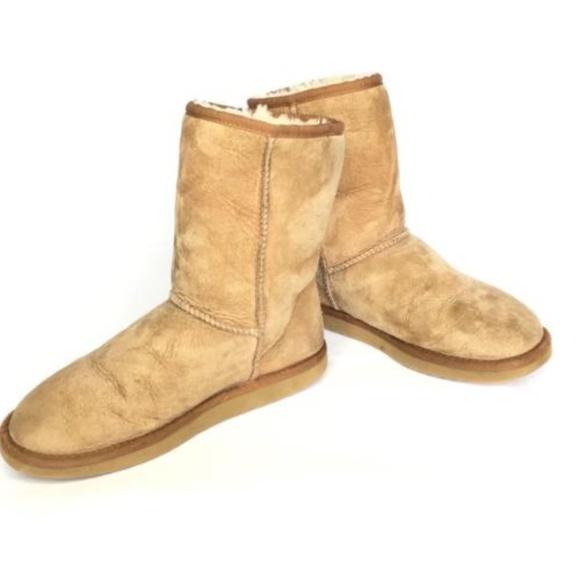 0957407ef53 UGG Australia Classic Short 5825 Boot Shoes